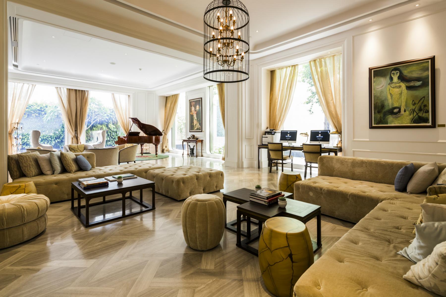 H tel des arts saigon mgallery collection joie de vivre for Design hotel vietnam